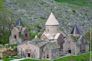 Armenia_goshavank_1