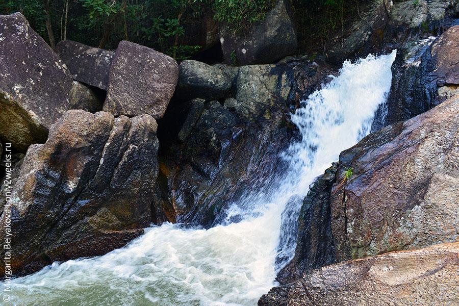 han Sadet waterfall phangan