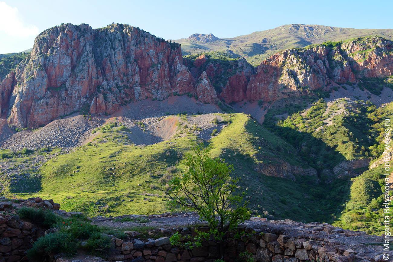 monastyr noravank armeniya