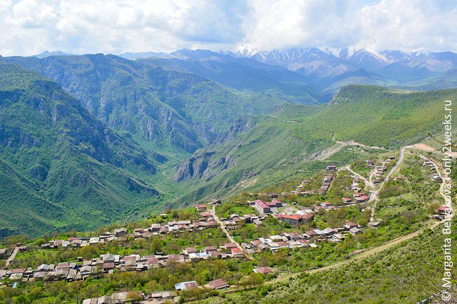 dostoprimechatelnosti-armenii-tatev