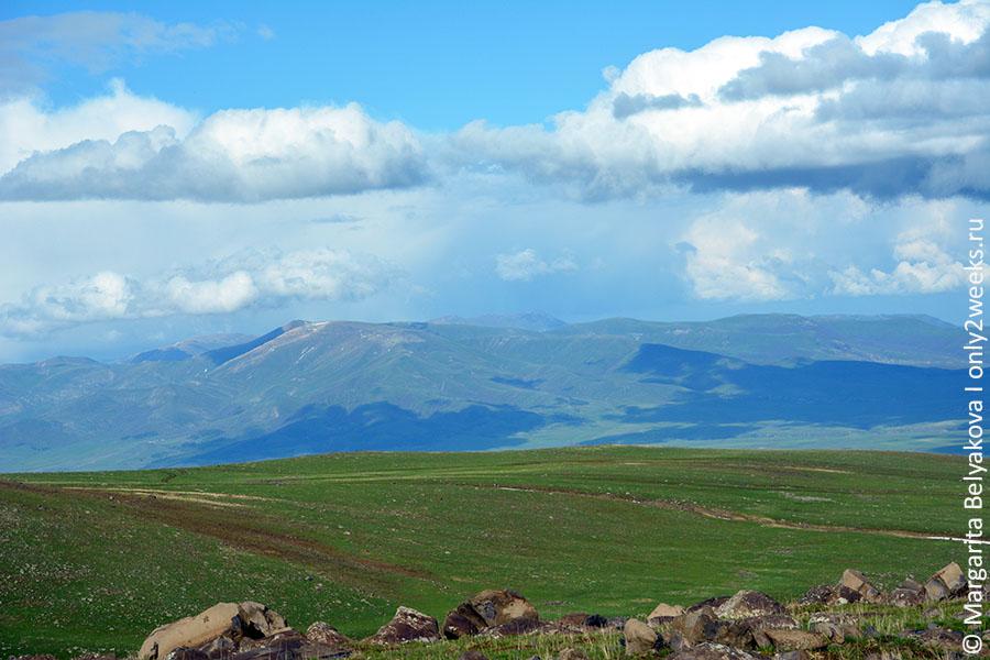 ekskursii-iz-yerevana-po-armenii