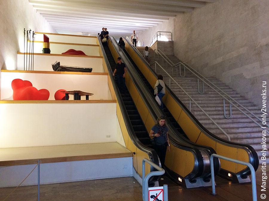 eskalator-na-kaskade-v-erevane