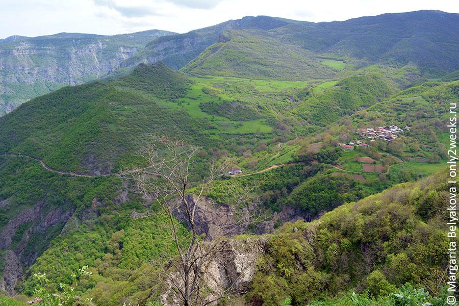vorotanskoye-ushchelye-armeniya