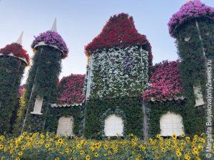 Floral-castle-dubai-miracle-garden