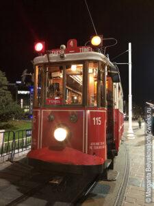 tramvay-na-istiklyal-foto